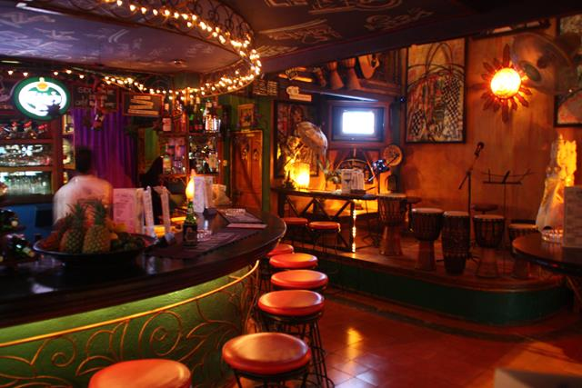Zigiz Bar in Lovina Beach Bali
